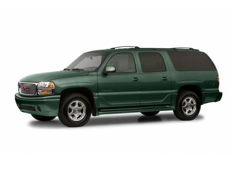 2004 GMC Yukon XL for sale at St. Croix Classics in Lakeland MN