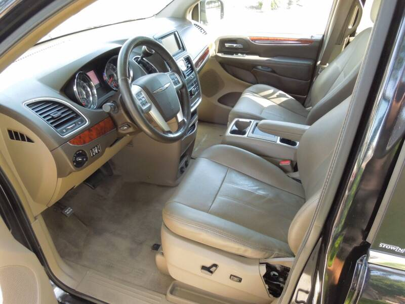 2012 Chrysler Town and Country Touring 4dr Mini-Van - Oakdale CA
