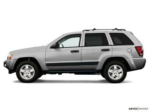 2006 Jeep Grand Cherokee for sale at CHAPARRAL USED CARS in Piney Flats TN
