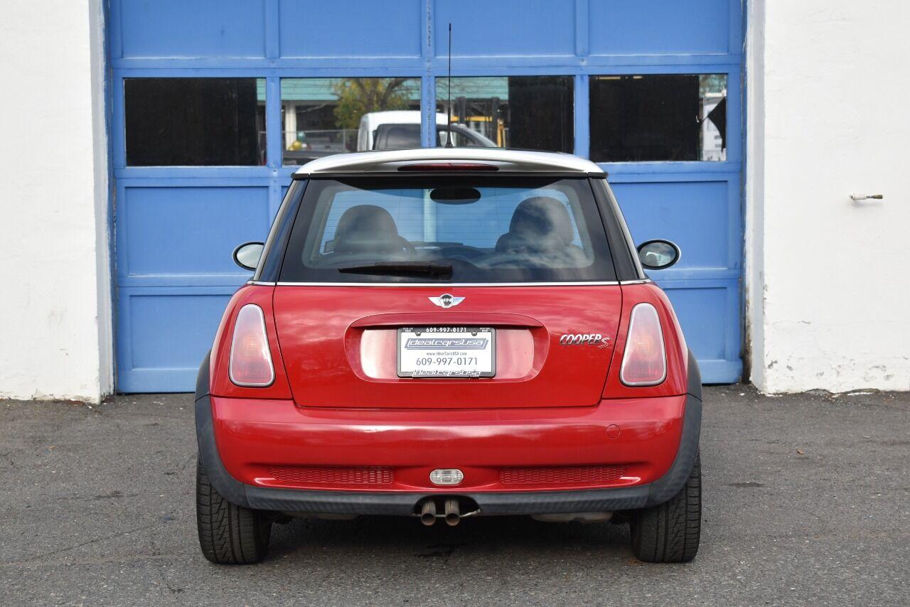 2003 MINI Cooper S 2dr Supercharged Hatchback full