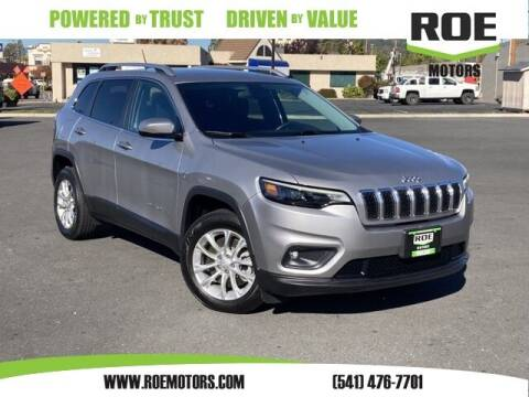 2019 Jeep Cherokee for sale at Roe Motors in Grants Pass OR