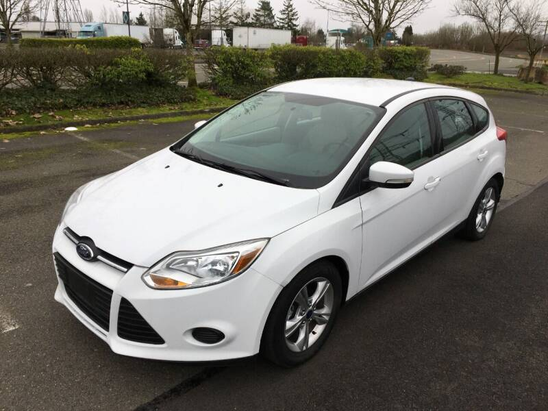 2014 Ford Focus for sale at Rynok Auto Sales LLC in Auburn WA