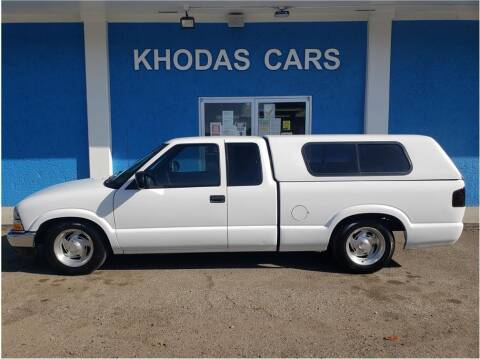 1999 Chevrolet S-10 for sale at Khodas Cars in Gilroy CA