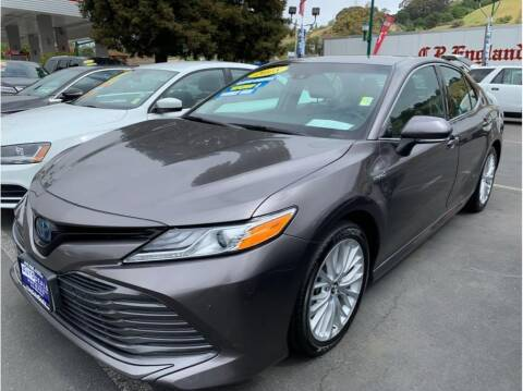 2018 Toyota Camry Hybrid for sale at AutoDeals in Hayward CA