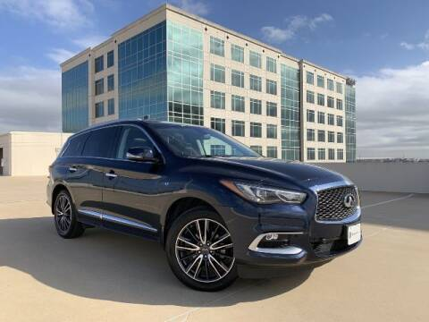 2016 Infiniti QX60 for sale at SIGNATURE Sales & Consignment in Austin TX