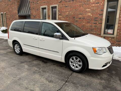 2012 Chrysler Town and Country for sale at Riverview Auto Brokers in Des Plaines IL