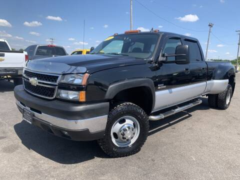 2006 Chevrolet Silverado 3500 for sale at Superior Auto Mall of Chenoa in Chenoa IL