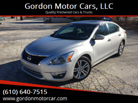 2015 Nissan Altima for sale at Gordon Motor Cars, LLC in Frazer PA
