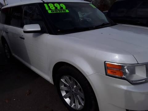 """2010 Ford Flex for sale at Midwestern Auto Sales """"The Used Car Center"""" in Middletown OH"""