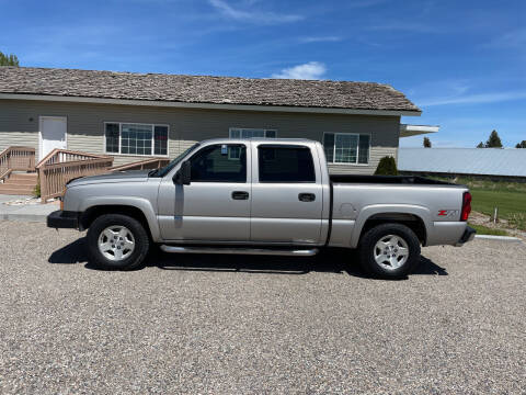 2005 Chevrolet Silverado 1500 for sale at GILES & JOHNSON AUTOMART in Idaho Falls ID