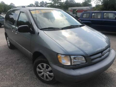 2000 Toyota Sienna for sale at The Auto Depot in Raleigh NC