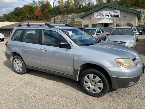 2006 Mitsubishi Outlander for sale at Gilly's Auto Sales in Rochester MN