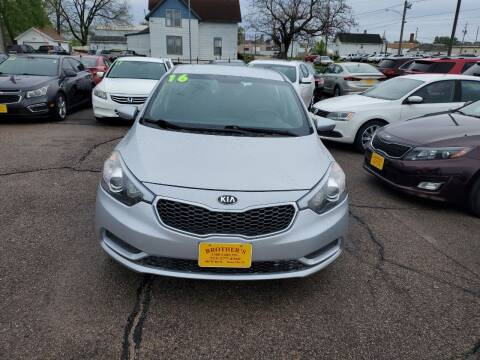 2016 Kia Forte for sale at Brothers Used Cars Inc in Sioux City IA
