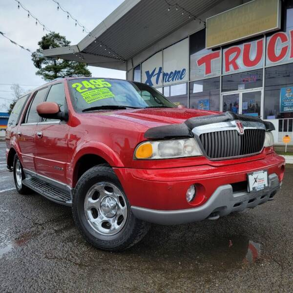 2000 Lincoln Navigator for sale at Xtreme Truck Sales in Woodburn OR