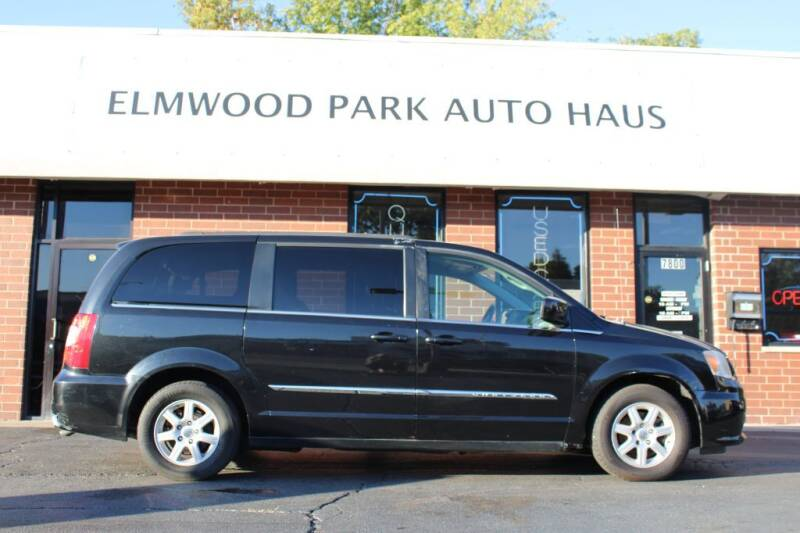 2011 Chrysler Town and Country for sale at Elmwood Park Auto Haus in Elmwood Park IL