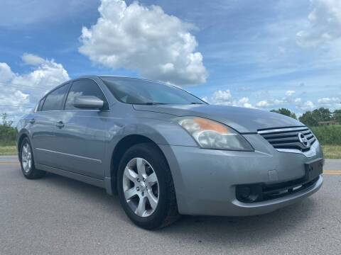 2009 Nissan Altima for sale at ILUVCHEAPCARS.COM in Tulsa OK