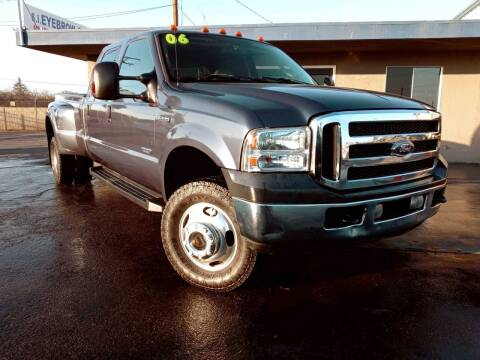 2006 Ford F-350 Super Duty for sale at AUTO NATIX in Tulare CA