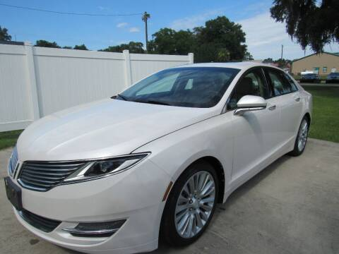 2013 Lincoln MKZ for sale at D & R Auto Brokers in Ridgeland SC