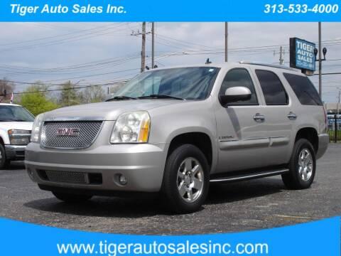 2007 GMC Yukon for sale at TIGER AUTO SALES INC in Redford MI