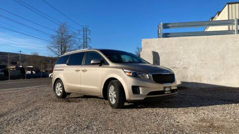 2016 Kia Sedona for sale at Deals on Wheels in Nanuet NY