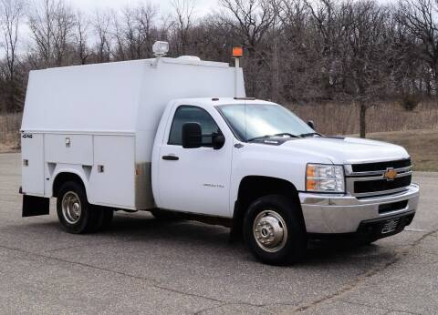 2013 Chevrolet Silverado 3500HD CC for sale at KA Commercial Trucks, LLC in Dassel MN