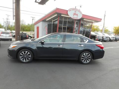 2017 Nissan Altima for sale at The Carriage Company in Lancaster OH