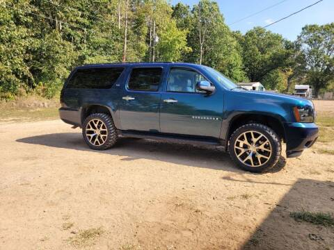 2007 Chevrolet Suburban for sale at Davidson Auto Deals in Syracuse IN