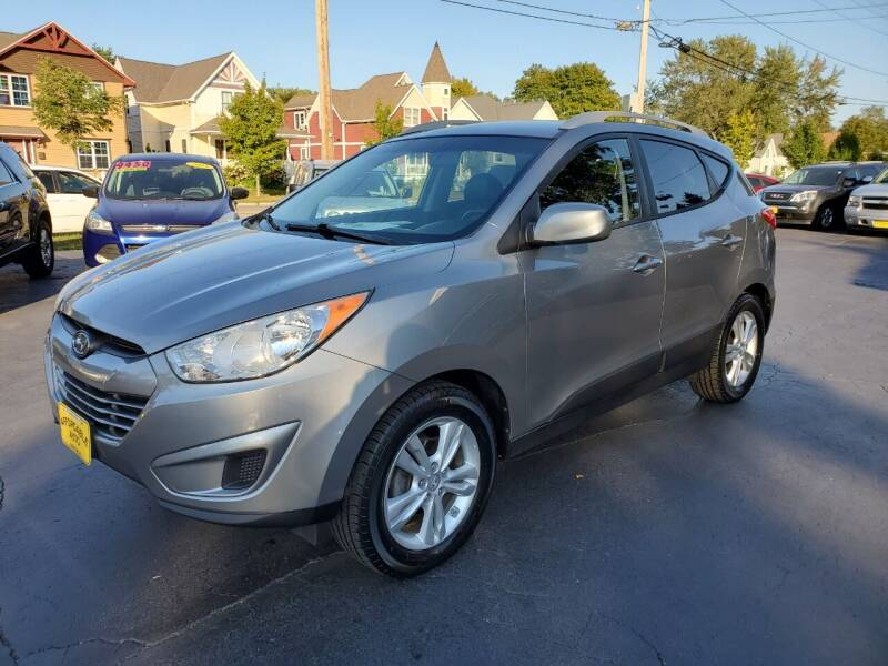 2010 Hyundai Tucson for sale at AFFORDABLE AUTO, LLC in Green Bay WI