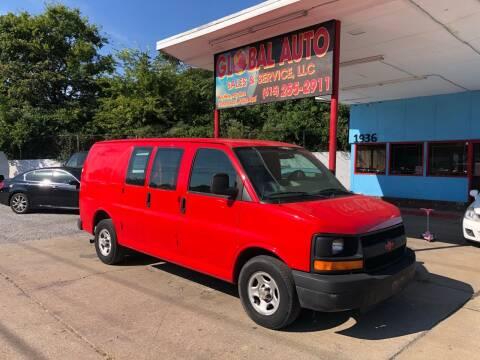 2005 Chevrolet Express Cargo for sale at Global Auto Sales and Service in Nashville TN