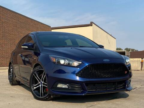 2016 Ford Focus for sale at Effect Auto Center in Omaha NE
