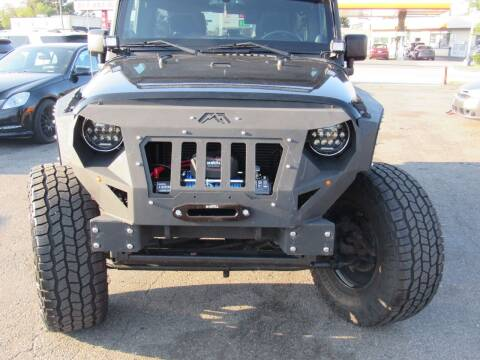 2014 Jeep Wrangler Unlimited for sale at PLATINUM AUTO SALES in Dearborn MI