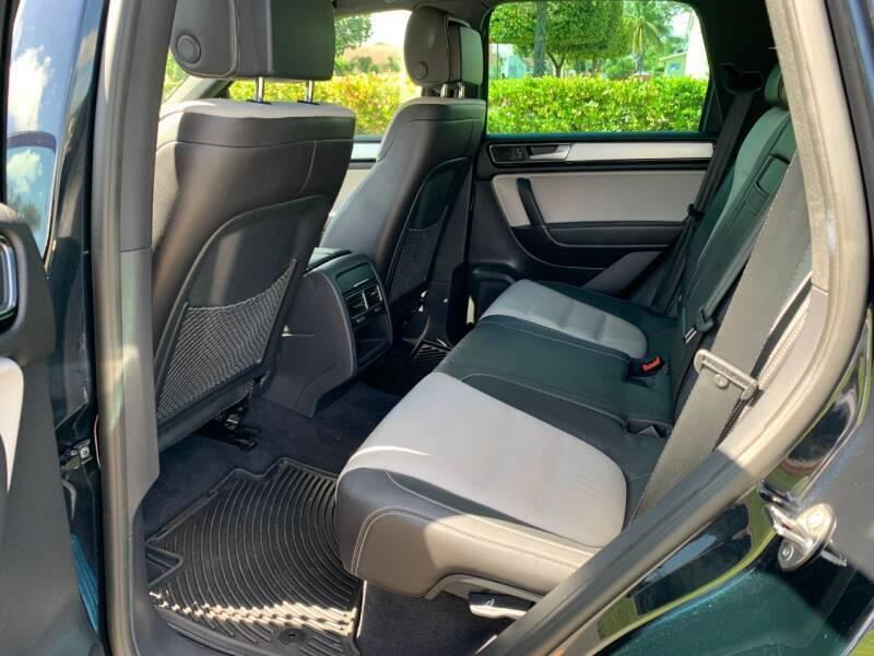 2017 Volkswagen Touareg AWD V6 Wolfsburg 4dr SUV - Davie FL