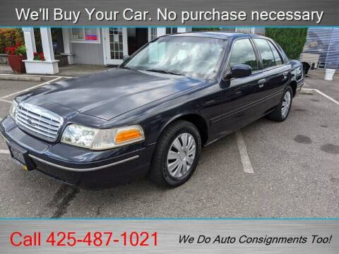 2001 Ford Crown Victoria for sale at Platinum Autos in Woodinville WA
