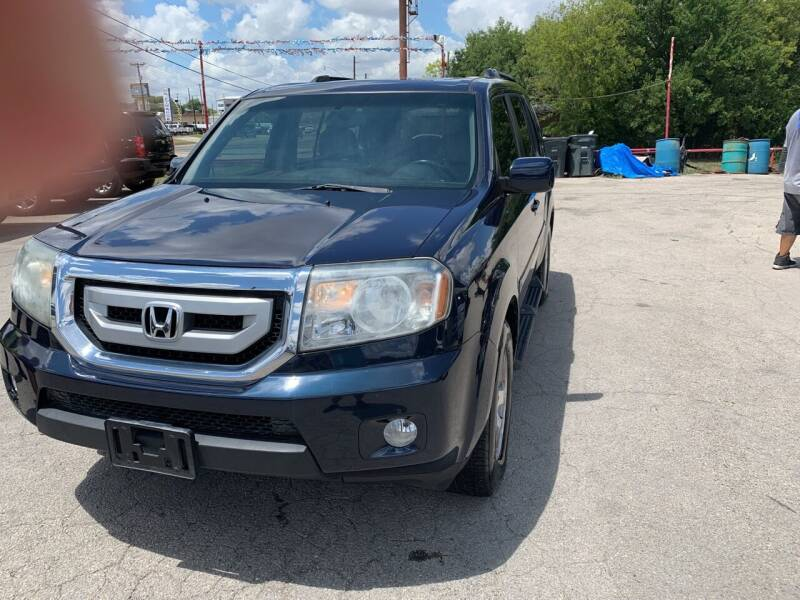 2011 Honda Pilot for sale at BULLSEYE MOTORS INC in New Braunfels TX