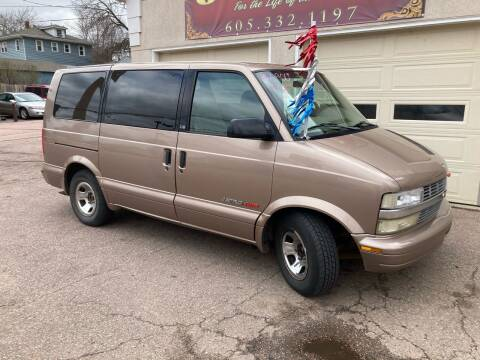 1998 Chevrolet Astro for sale at Imperial Group in Sioux Falls SD