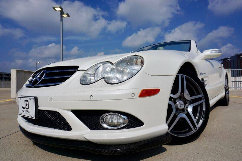 2007 Mercedes-Benz SL-Class for sale at JD MOTORS in Austin TX
