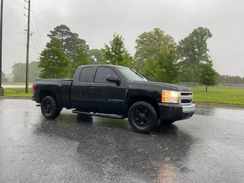 2008 Chevrolet Silverado 1500 for sale at GTO United Auto Sales LLC in Lawrenceville GA