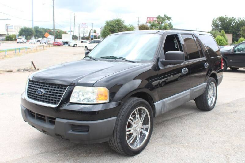 2004 Ford Expedition for sale at Flash Auto Sales in Garland TX