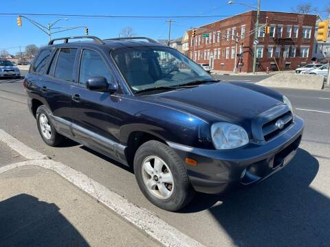 2005 Hyundai Santa Fe for sale at G1 AUTO SALES II in Elizabeth NJ