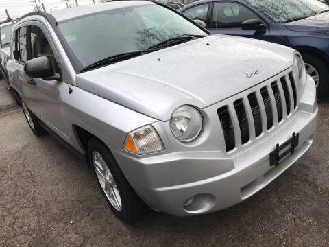 2009 Jeep Compass for sale at Square Business Automotive in Milwaukee WI