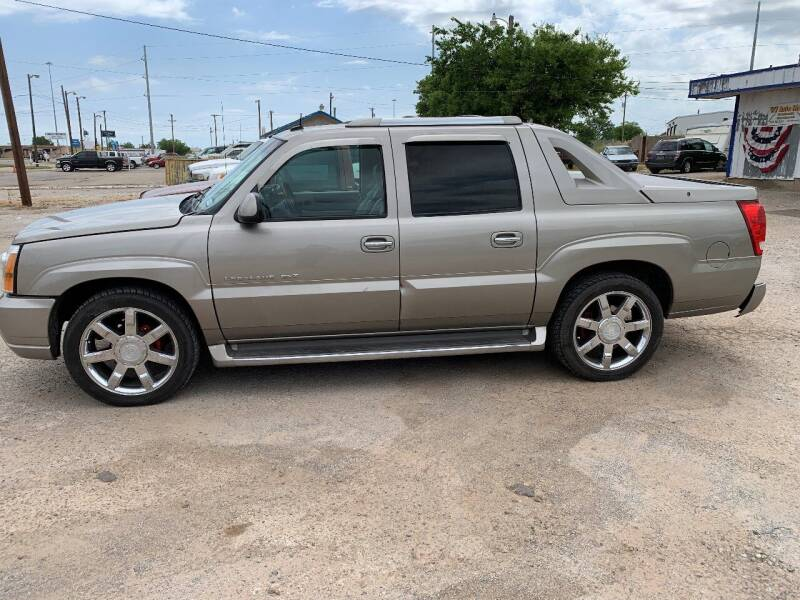 2003 Cadillac Escalade EXT for sale at WF AUTOMALL in Wichita Falls TX