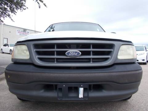 2002 Ford F-150 for sale at ACH AutoHaus in Dallas TX