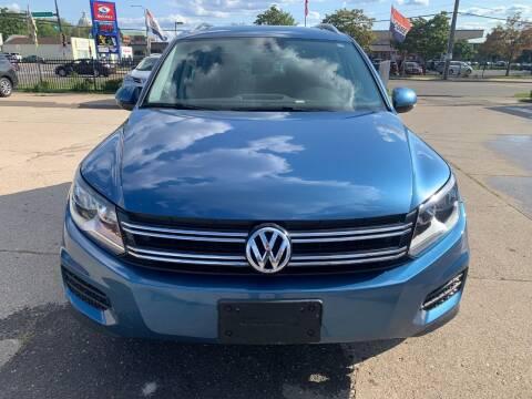 2017 Volkswagen Tiguan for sale at Minuteman Auto Sales in Saint Paul MN