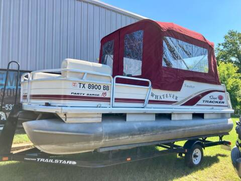 2003 Tracker Sun Tracker Party Barge 18 ft