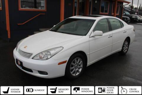 2004 Lexus ES 330 for sale at Sabeti Motors in Tacoma WA