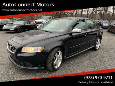 2009 Volvo S40 for sale at AutoConnect Motors in Kenvil NJ