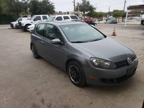 2011 Volkswagen Golf for sale at DFW AUTO FINANCING LLC in Dallas TX
