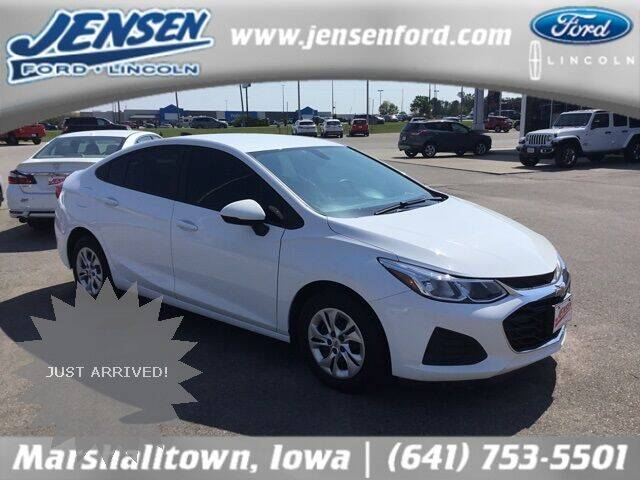 2019 Chevrolet Cruze for sale at JENSEN FORD LINCOLN MERCURY in Marshalltown IA