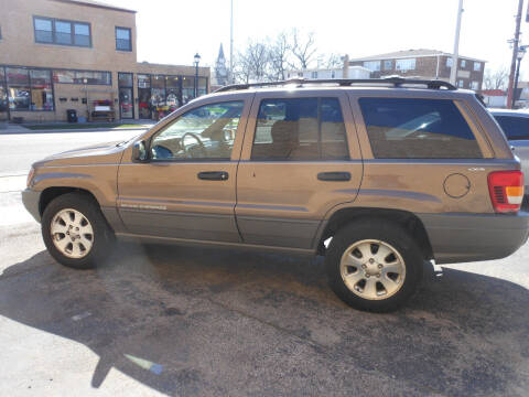 2001 Jeep Grand Cherokee for sale at Grand River Auto Sales in River Grove IL