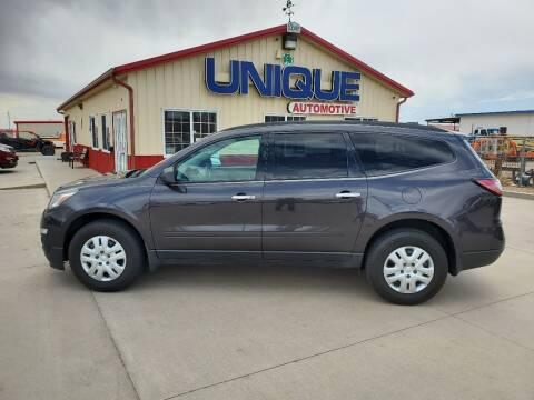 """2016 Chevrolet Traverse for sale at UNIQUE AUTOMOTIVE """"BE UNIQUE"""" in Garden City KS"""